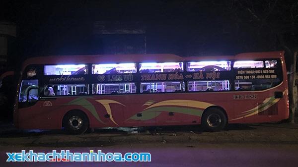 Xe khách chuyên chạy tuyến Thanh Hoá - Hà Nội